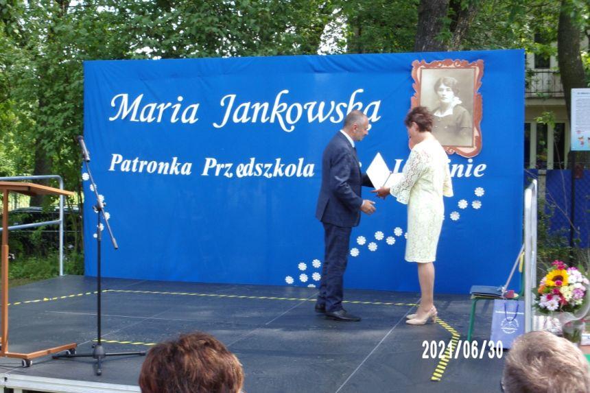 Przekazanie listu Prezydenta Miasta Lublin na ręce Pani Dyrektor  Przedszkola nr 3 w Lublinie